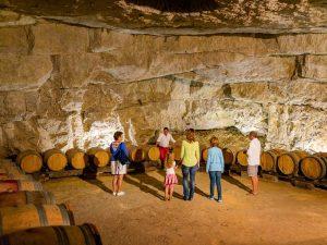 Cave de la Dive Bouteille